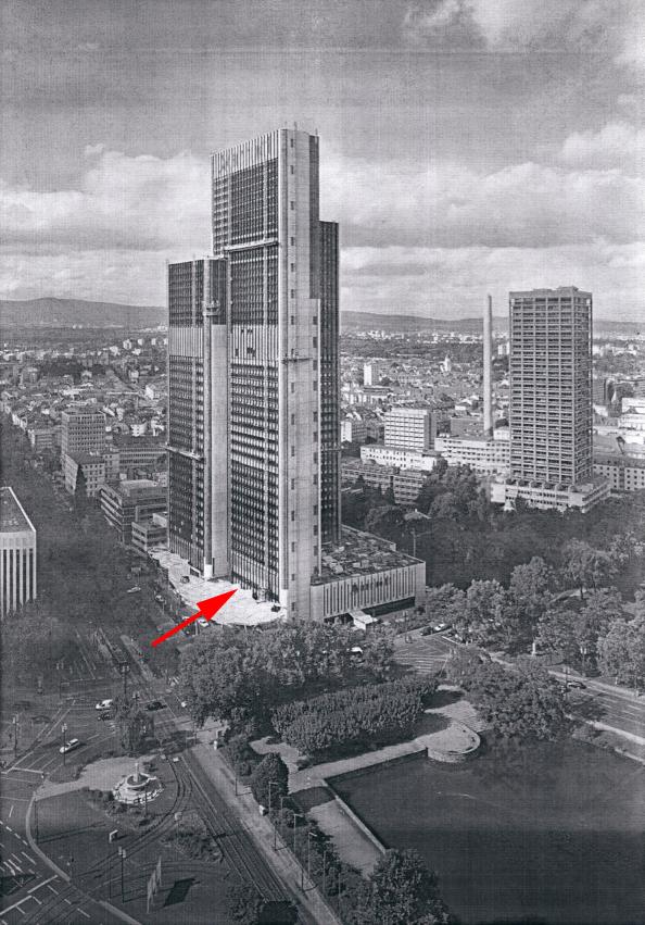 Steel entrace construction,Frankfurt (Germany)